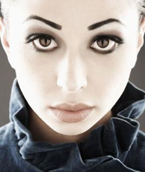 5 признаков избытка макияжа