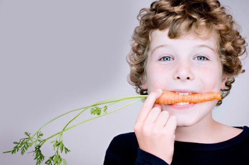 если ребенок ест:
